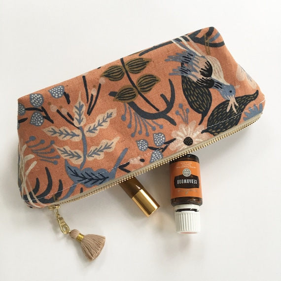 Essential Oil Storage Pouch