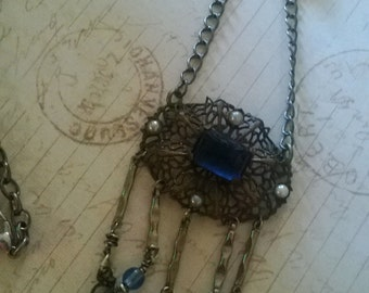 victorian blue night and pearls