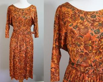 1960's Dress // Fall Flower Print // Medium
