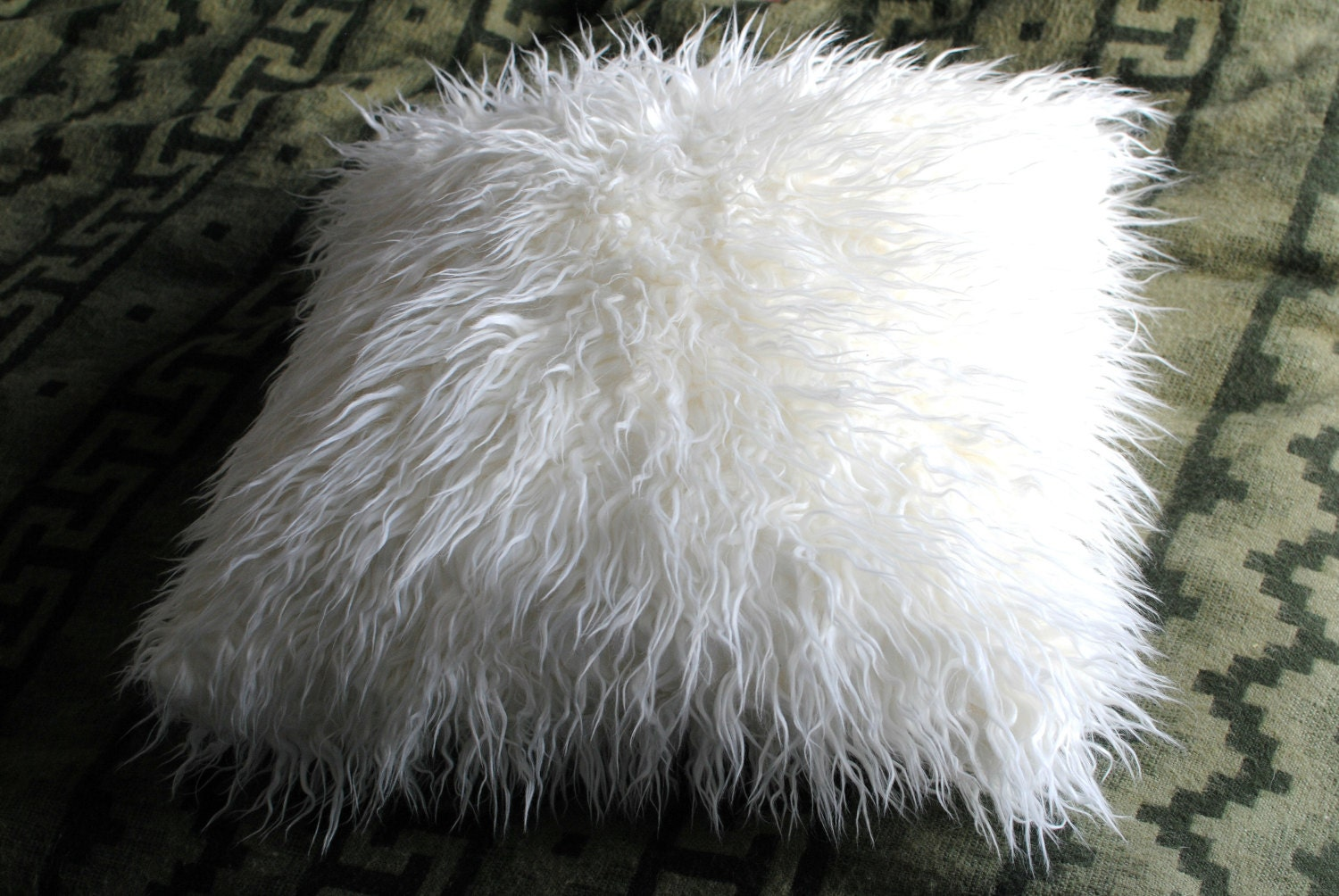 White Faux Fur Throw / Lamb Decorative Pillow / Fluffy Pillow