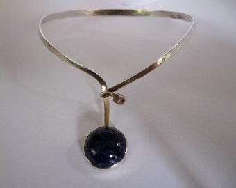 Gert Thyssel for Gussi Swedish designer vintage handmade choker necklace 1968 sterling silver and blue sodalith mid century modern modernist