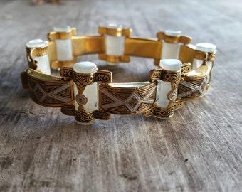 Gorgeous Damascene and Lucite 8 Inch Bracelet