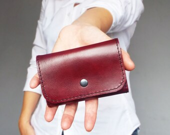 Key wallet. Leather key holder. Leather key case. Leather key chain. Key wallet women. Gift for her under 20 usd.