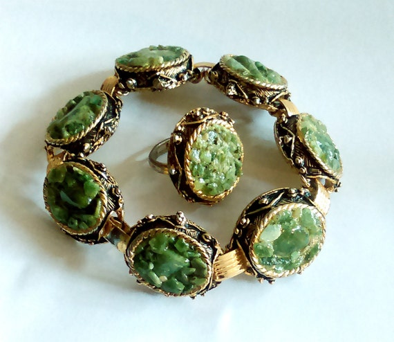 antique costume jewelry green jasper bracelet and ring gold