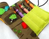 Animal Homes Crayon Roll - Mouse Ladybug Crayon Pink Roll, 8 Crayons