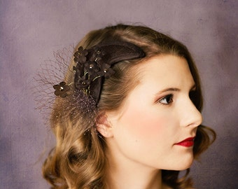 Bridal crescent fascinator impatients Leslie