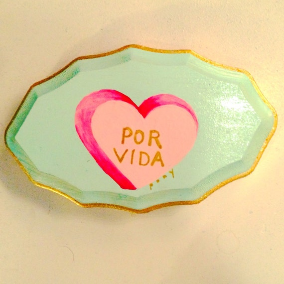 Por Vida candy heart wall hanging