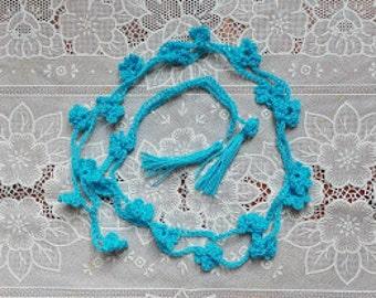 crocheted garlands for lovely living