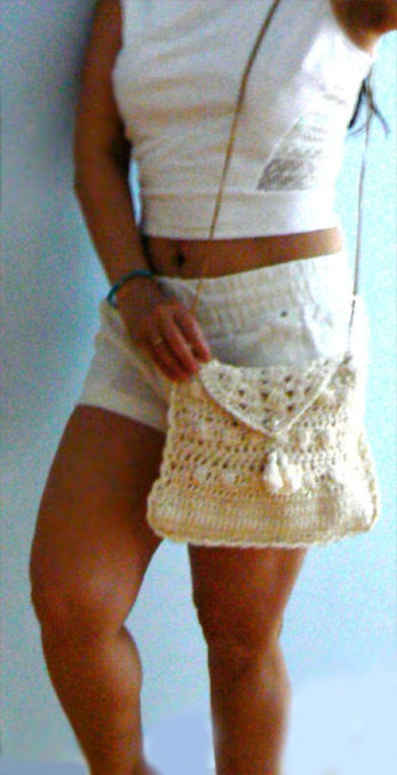 Envelope crochet purse. Handmade off white crossbody crochet handbag. Hippie crochet bag. Boho purse crochet bag- women gift
