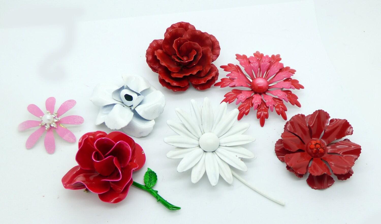 Vintage Flower Pins 76