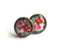 Flowers earrings, flowers stud earrings, flowers post earrings, spring earrings, garden, girlfriend gift, teens gift, groovy, hippy