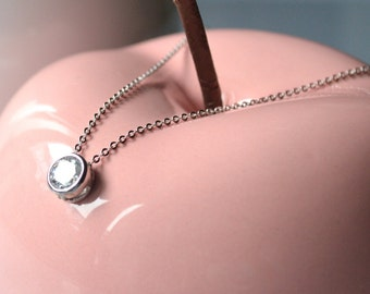 Zirconium necklace silver