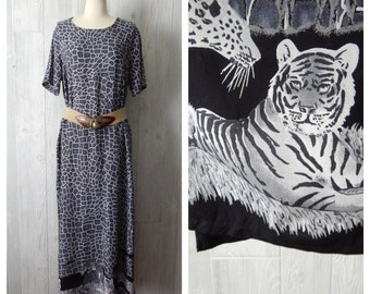 animal instinct | Women's Vintage 80s 90s Grey & Black Long Maxi Animal Print White Tiger and Leopard Dress // Size S M L