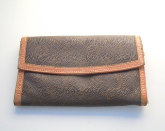 Vintage Louis Vuitton Long Monogram Organizer Clutch Wallet with Tan Leather Trim.