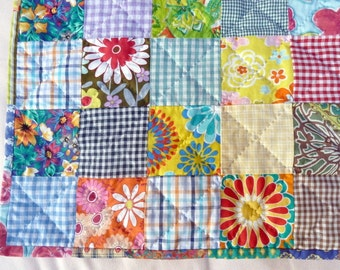 "FREE SHIPPING. Cheerful baby or todler quilt. Handquilted. 100% cotton. 104 x 104 cm. (41 x 41""). Multi colour. OOAK."