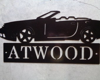 Metal sign with Mustang and custom name