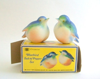 Bird Salt & Pepper Shakers, Bluebird Salt and Pepper, Bird Cake Topper, Novelty Salt and Pepper, Bluebirds, Collectibles Plastic, New in Box