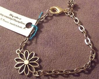Silver Daisy Charm Bracelet
