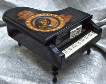 Unique Vintage Wood PIANO MUSICAL Jewelry Box with Portrait of CHOPIN