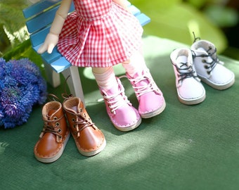 Pink colour ... Shoes for Kikipop doll.