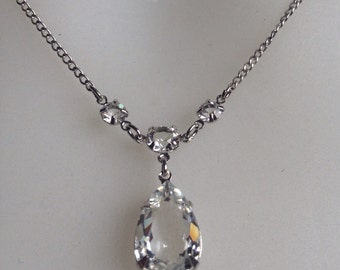 Beautiful solid silver and crystal vintage drop necklace