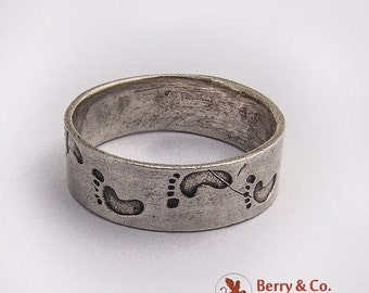 SaLe! sALe! Engraved Footprint Ring Band Sterling Silver