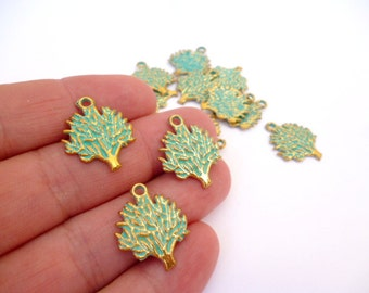 Gold Aged Patina Charm Pendant_ PA600187009014_Aged Patina Supplies_Charms_Small Tree Charm of 16x20 mm_pack 20 pcs