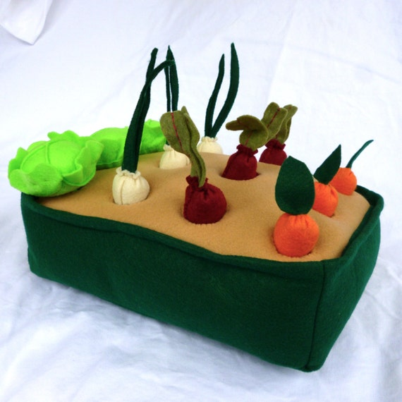 Felt Vegetable Garden Play Set, Felt Garden, Toy Garden, Felt Veggies, Pretend Garden, Kids Christmas Gift, ecofriendly toys