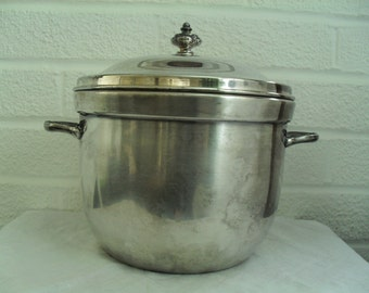 Silverplate Ice Bucket with Lid 3600 EPC Electroplate Over Copper Poole