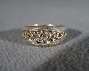sterling silver vintage statement ring with braided open design, size 7   M2