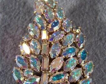 Vintage bold leaf multi aurora rhinestone pin brooch    **RL