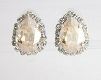 Vintage style clip on earring,vintage bride,vintage wedding,swarovski,teardrop earrings,clip on earrings,swarovski clip on,clip on bridal