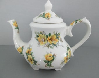 Large Arthur Wood English Staffordshire Yellow Rose Teapot, Bouquet Pattern