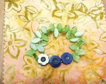 Flowers and Leaves, Czech Glass Bead Elastic Bracelet