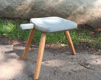 3 leg milking stool