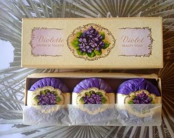 PUHLS-Beauty Bath Soap Decor-Violet Fragrance-80s-with Vintage Box