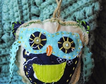 Baby owl tooth pillow
