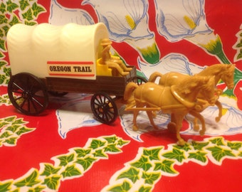 Vintage plastic toy Oregon Trail covered wagon- Processed Plastic Co, USA