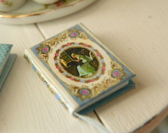 peter rabbit  miniature book