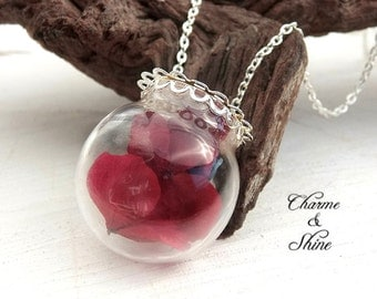 Real Flower Necklace, Hydrangea Flower Glass Globe Necklace