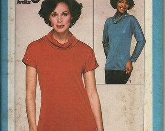 """Simplicity 8239    Misses """"Jiffy"""" Knit Pullover Top    Size 10-12    C1977"""