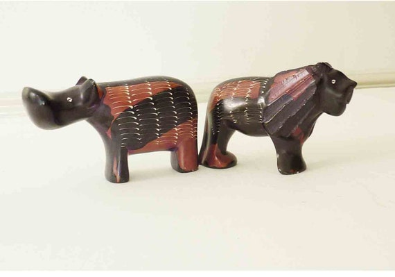 Vintage soapstone animals kenya lion black brick orange