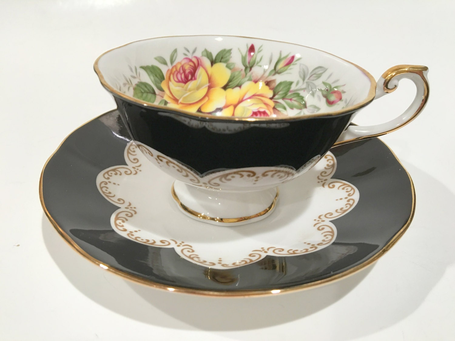 queens bone china tea cup and saucer ebony cup and saucer. Black Bedroom Furniture Sets. Home Design Ideas