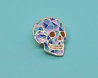 Crystal skull enamel pin / Pastel colour / Human skull