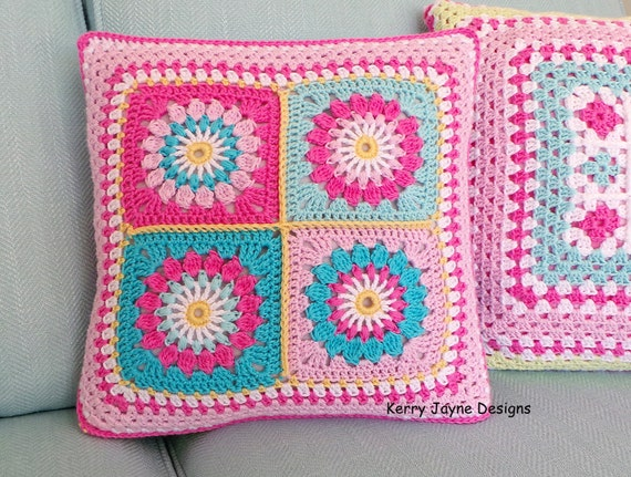 Beginner Crochet Pillow Patterns : CROCHET PILLOW PATTERN Reversible pillow pattern Crochet