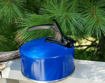 Whistling Mirro Blue Tea Kettle 2 1/2 Quarts