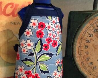 Kitchen dish soap bottle apron