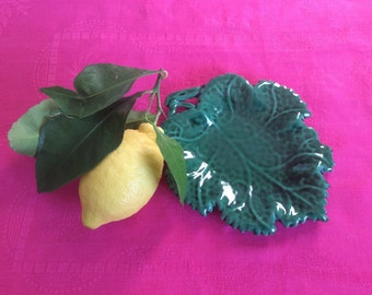 Ceramic Plate / small Vine leaf pattern
