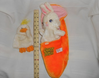 2 Hand Puppets Bunny Carrot & Chick