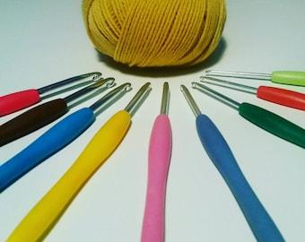 Set of 9 Aluminium soft grip crochet hooks